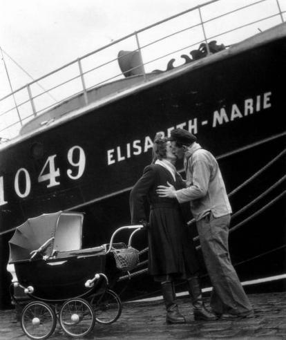 Willy Ronis  Fecamp le depart du Terre Neuva, 1949