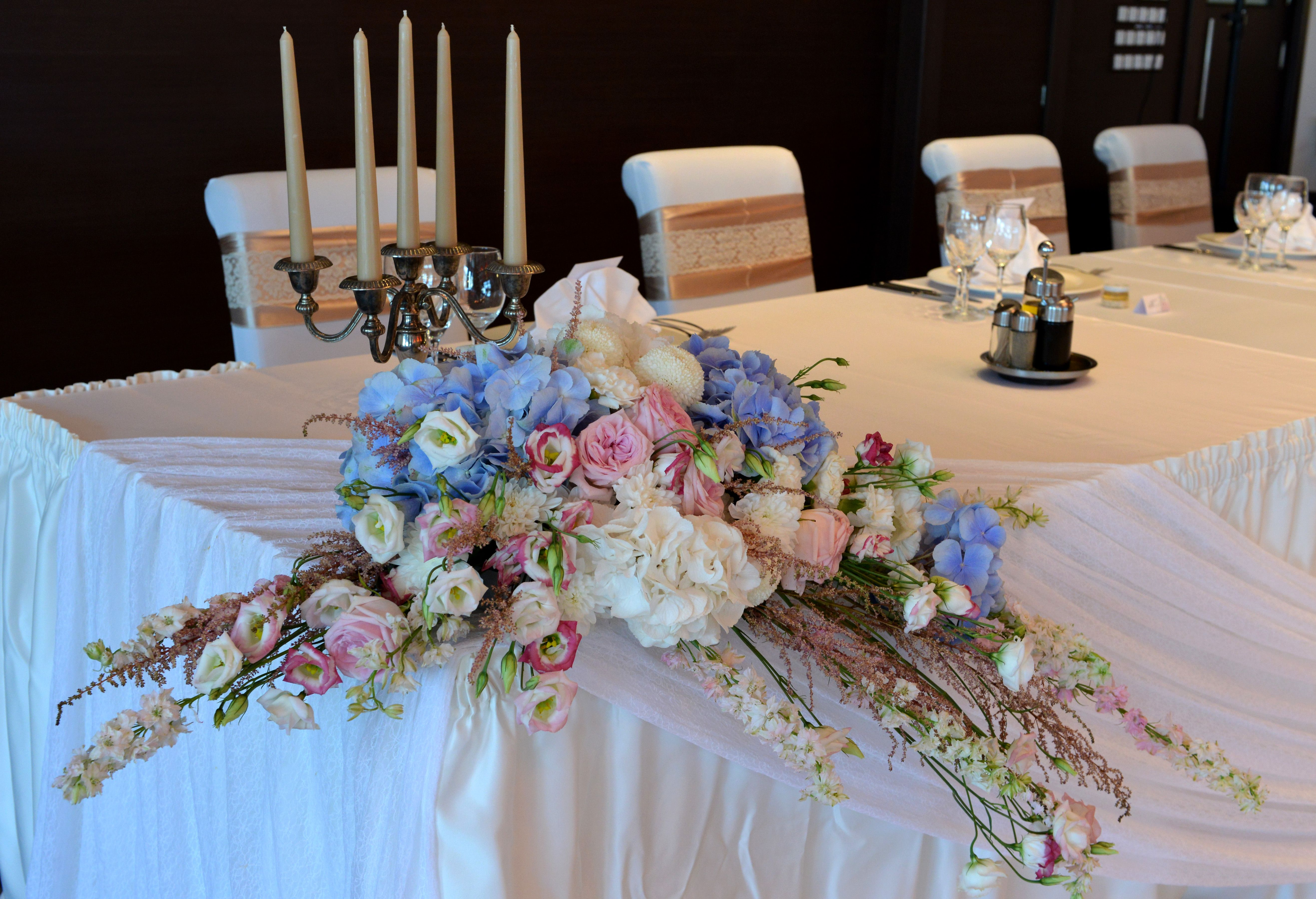 Vintage wedding decoration by pertito flower arrangement top table vintage wedding decoration by pertito flower arrangement top table wedding reception by wedding agency junglespirit Choice Image