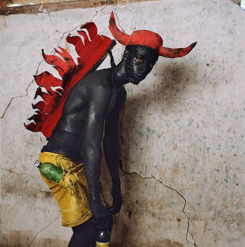 fotojournalismus:  Sea Creature with Fire Wings, Jacml, Haiti, 2008. [From Maske]Photo by Phyllis Galembo