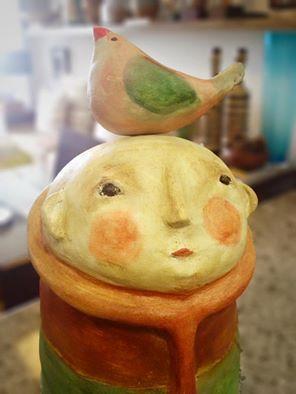 Escultura: João dos Pássaros   Esculpida por @emetonkroll e@pintada por @yranpalmeira  Você encontra essa e outras peças de arte no @armoriarte  Contato via Whatsapp 81 9.9707-3450  #art #arte #armoriarte #caruaru #pernambuco #riodejaneiro #saopaulo #curitiba #rn #natalrn #recife #paraiba #joaopessoa #ceramic #esculpido #escupir #esculture #esculturas #emeton #rs #alagoas