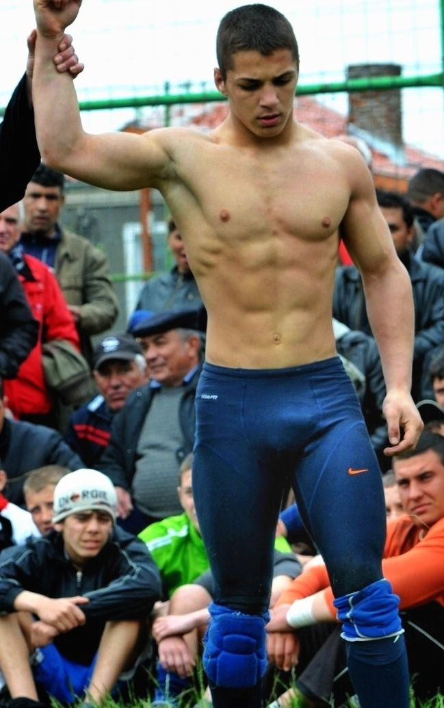 Pin By Ari Forest On Guys And Sports Athlete Guys Athletic Men