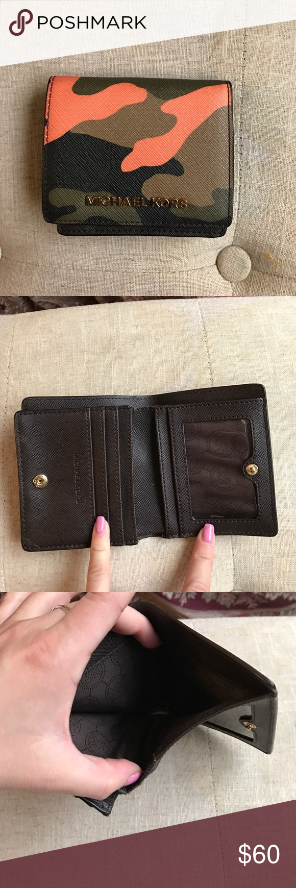 Wallet Micheal kors PERFECT CONDITION ARMY PRINT Michael Kors Bags Wallets