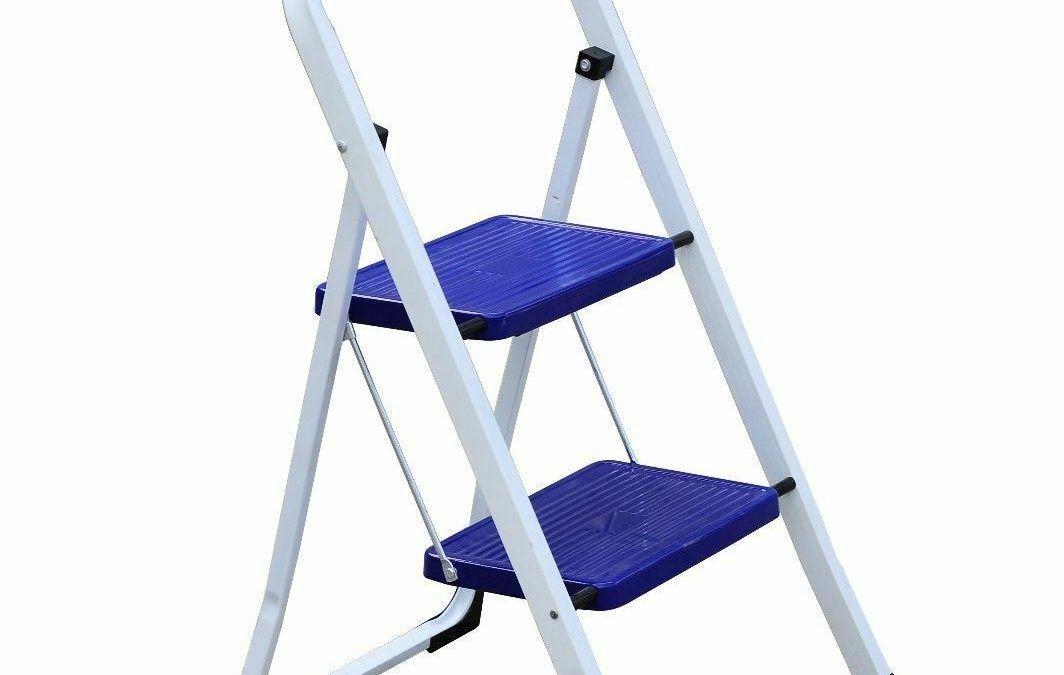 Muestrario Escalera Tijera de Aluminio c// Mesa Multifuncional 3 y 4 Peldaños