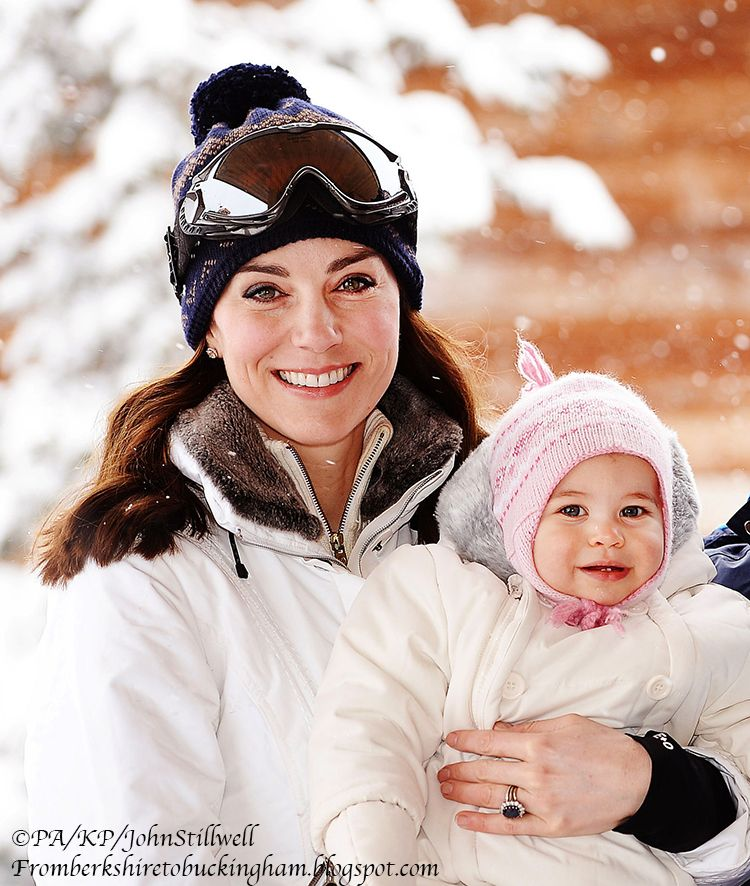 William and Kate Take George & Charlotte Skiing in France