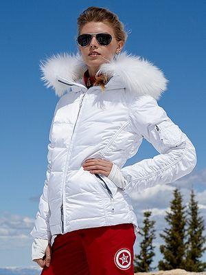 d57a8a82 jet set..........I love white ski/winter jackets, even nice coats ...