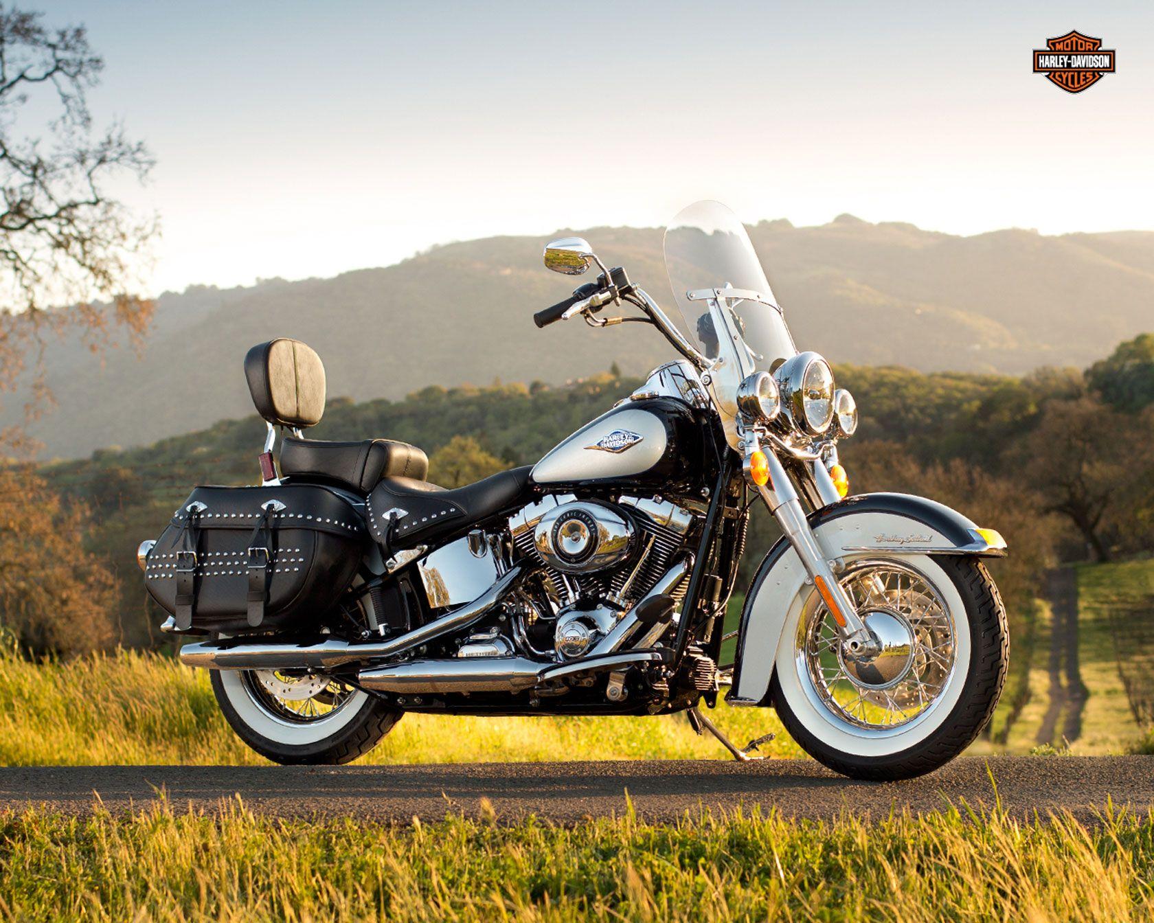 2013 harley davidson heritage softail classic gets anniversary custom options photo gallery