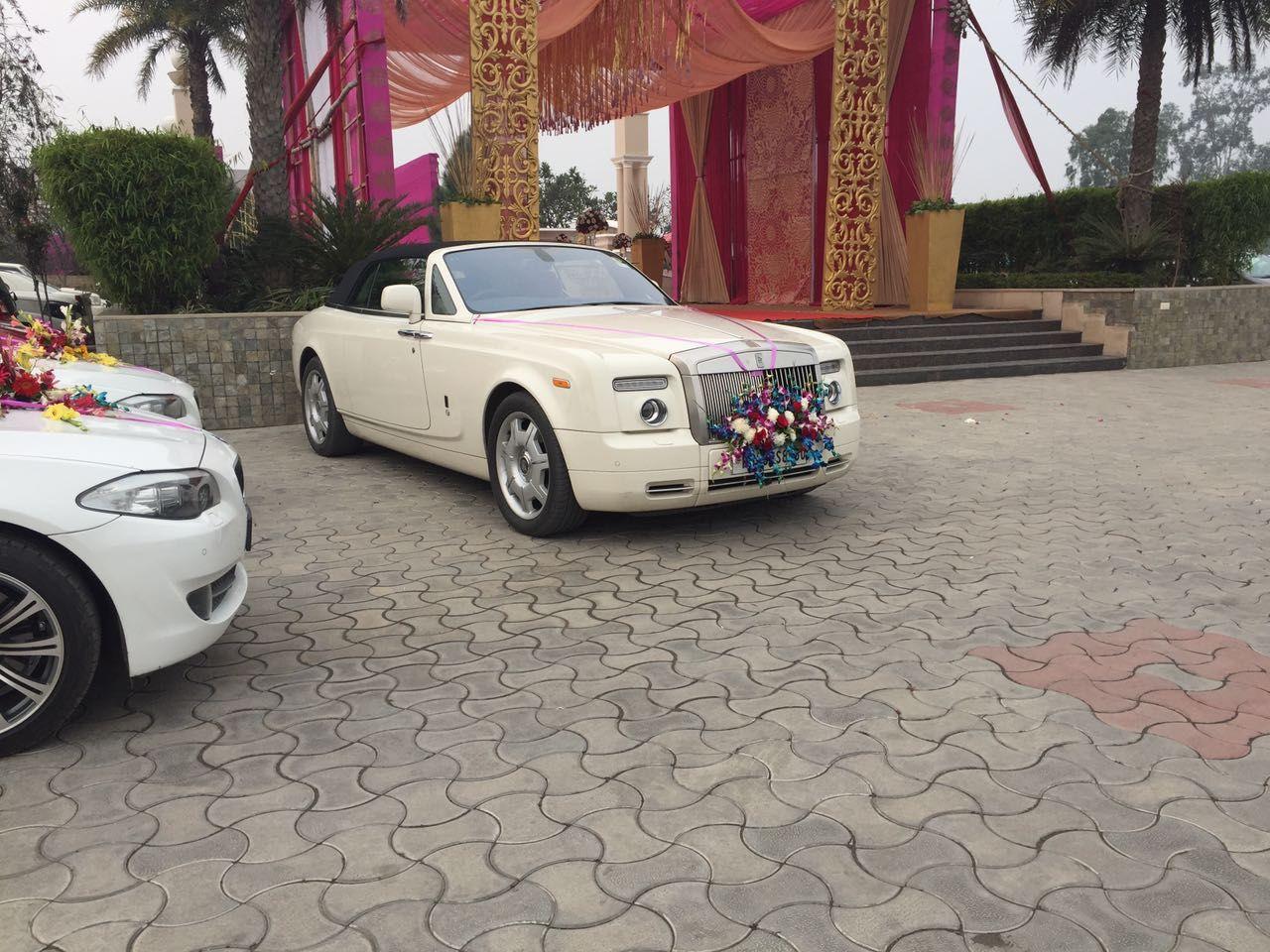 Wedding Car Hire Delhi Is Providing Various Fleets Such As Audi Toyota Fortuner Bmw Mercedes Honda Accord Jag Car Hire Wedding Car Hire Luxury Car Rental