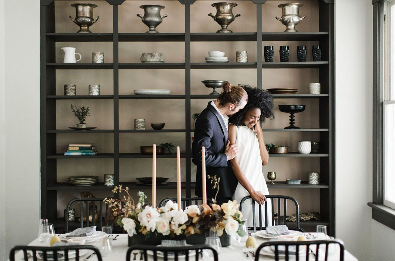 Modern Art: Minimalist Wedding Inspiration at a Catskills Mountain Home - Green Wedding Shoes