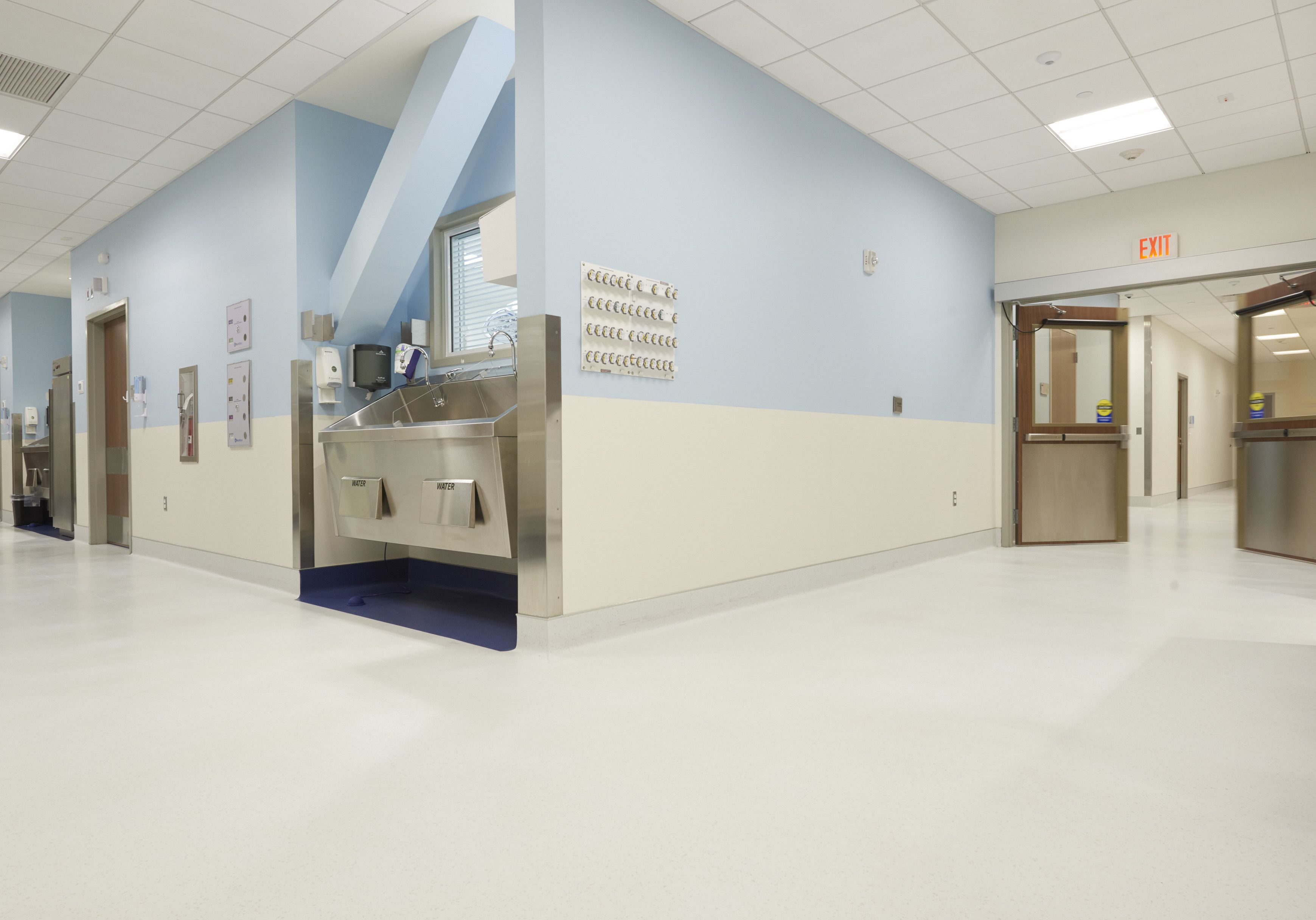 Roppe Envire Rubber Sheet Constitution Surgery Alliance S Bone Joint Institute At Hartford Hospital Commercial Flooring Design Home