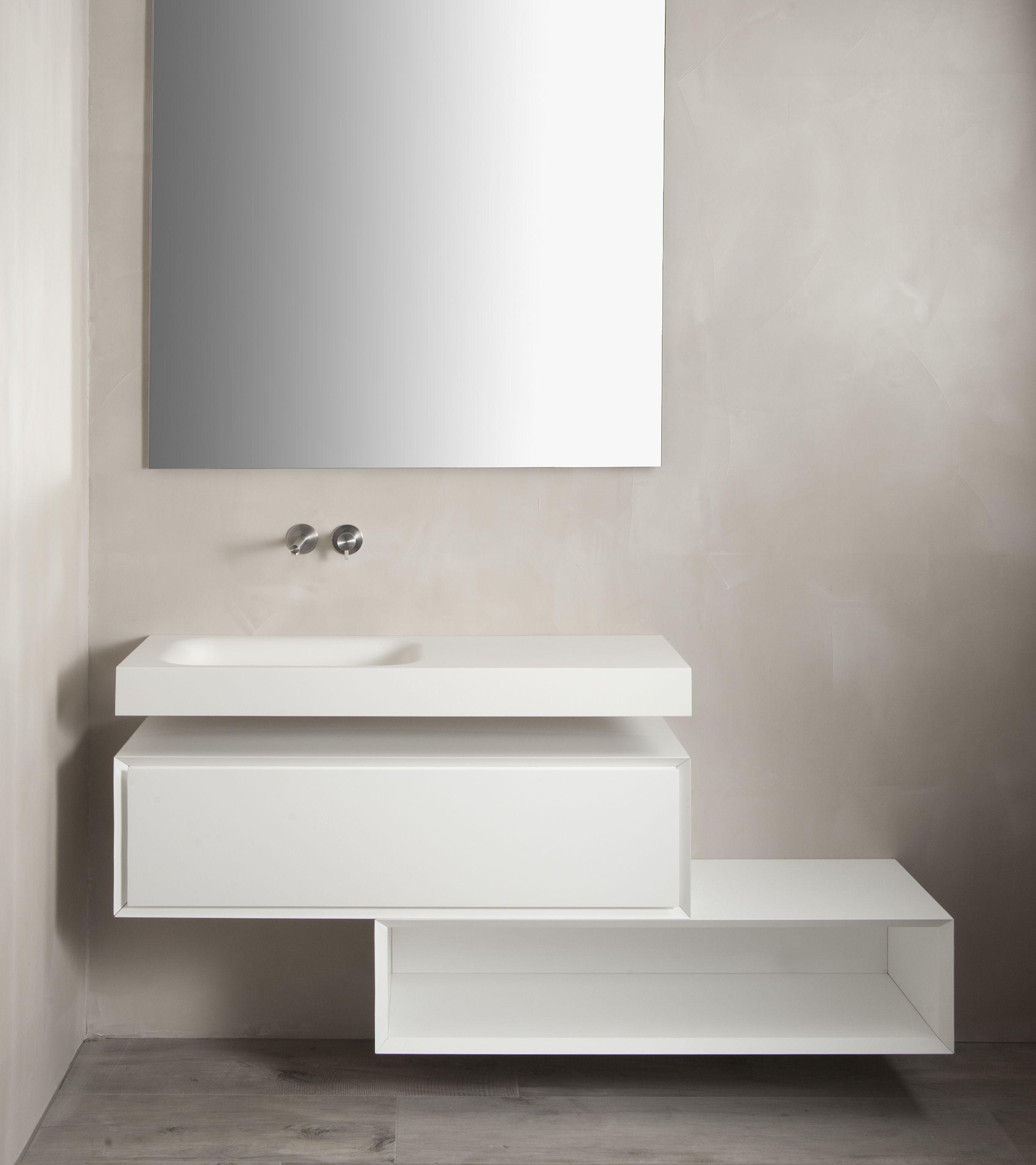 badkamermeubel op maat uitgevoerd in wit spuitwerk ge bineerd