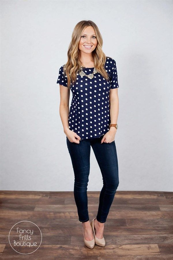 Comfort and style all in one! This tunic tee is a MUST have! Dress it up with your favorite pencil skirt or dress it down with your favorite jogger pants or skinny jeans, there are SO many different ways to style this top. Made of 100% cotton this top is high quality and the perfect addition to your Spring wardrobe!Sizing:Small 0-4Medium 5-8Large 8-12Model is wearing a size small! Runs very true to size and is a loose fit!