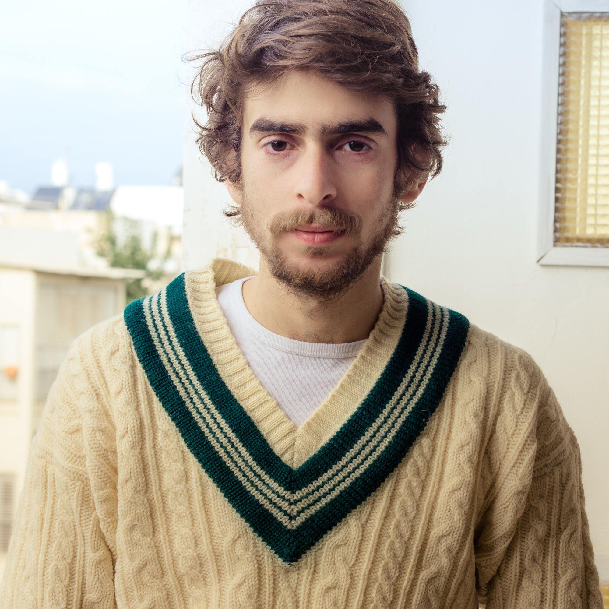 f0ec63596817fb Vintage Knitted Men Sweater, Cream Cable Knit V Neck Cricket Sweater, Green  Trim V, Size M / L Preppy, Wool Pullover Frat Boy 1990s