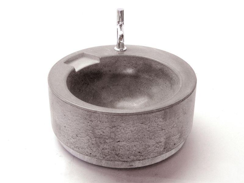 waschbecken aus beton concrete bathroom betonnen wasbak badkamer waschbecken. Black Bedroom Furniture Sets. Home Design Ideas