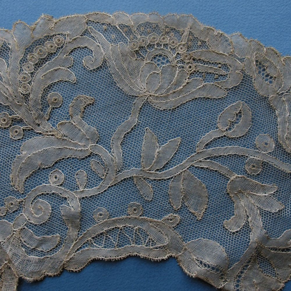 Handmade Bobbin Lace Fan Leaf Unusual Art Nouveau Poppy Design Unusual Art Poppy Design Bobbin Lace