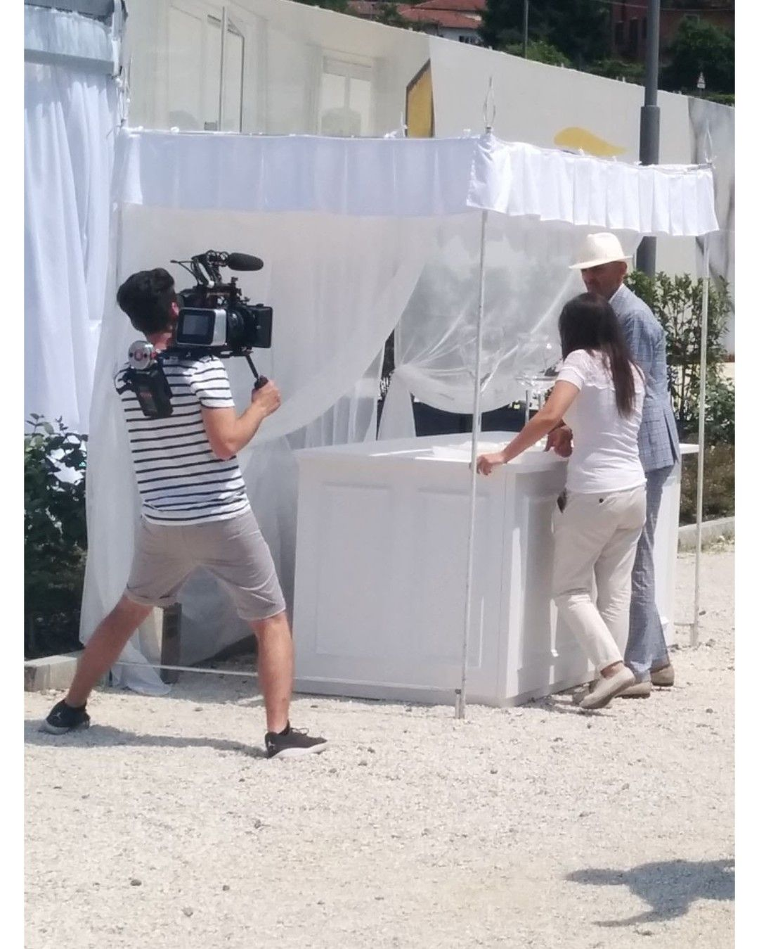 Foto dal set di #DiarioDiUnWeddingPlannerII. #jumpcutmedia #videoproduction #videogear #video #filmmaking #filming #setlife #onset #filmlife #rec #videocamera #moviecamera #videomaker #videomaking #lens #cameralens #camerasetup #promo #promoTV #TVShow #spot #spotTV #commercial #EnzoMiccio #EnzoMiccioBridalCollection #WeddingPlanner #DiarioDiUnWeddingPlanner #RealTimeItalia #DiscoveryItalia