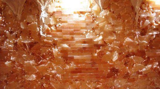 Beautiful Himalayan Salt Wall - Picture of The Salt Cave ...