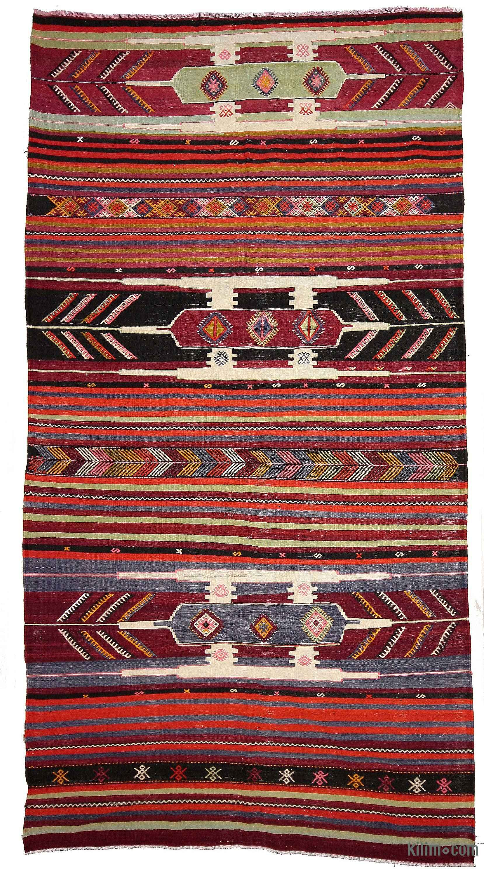 Vintage Turkish Kilim Rug Handwoven In 1960 S In Sivas In Central Anatolia This Tribal Kilim Is In Very Goo Vintage Kilim Rug Overdyed Vintage Rugs Kilim Rugs