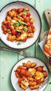 Mediterraner GnocchiAuflauf mit Mozzarella Kirschtomaten und Basilikum  Soul Food  Rezepte die gut tun