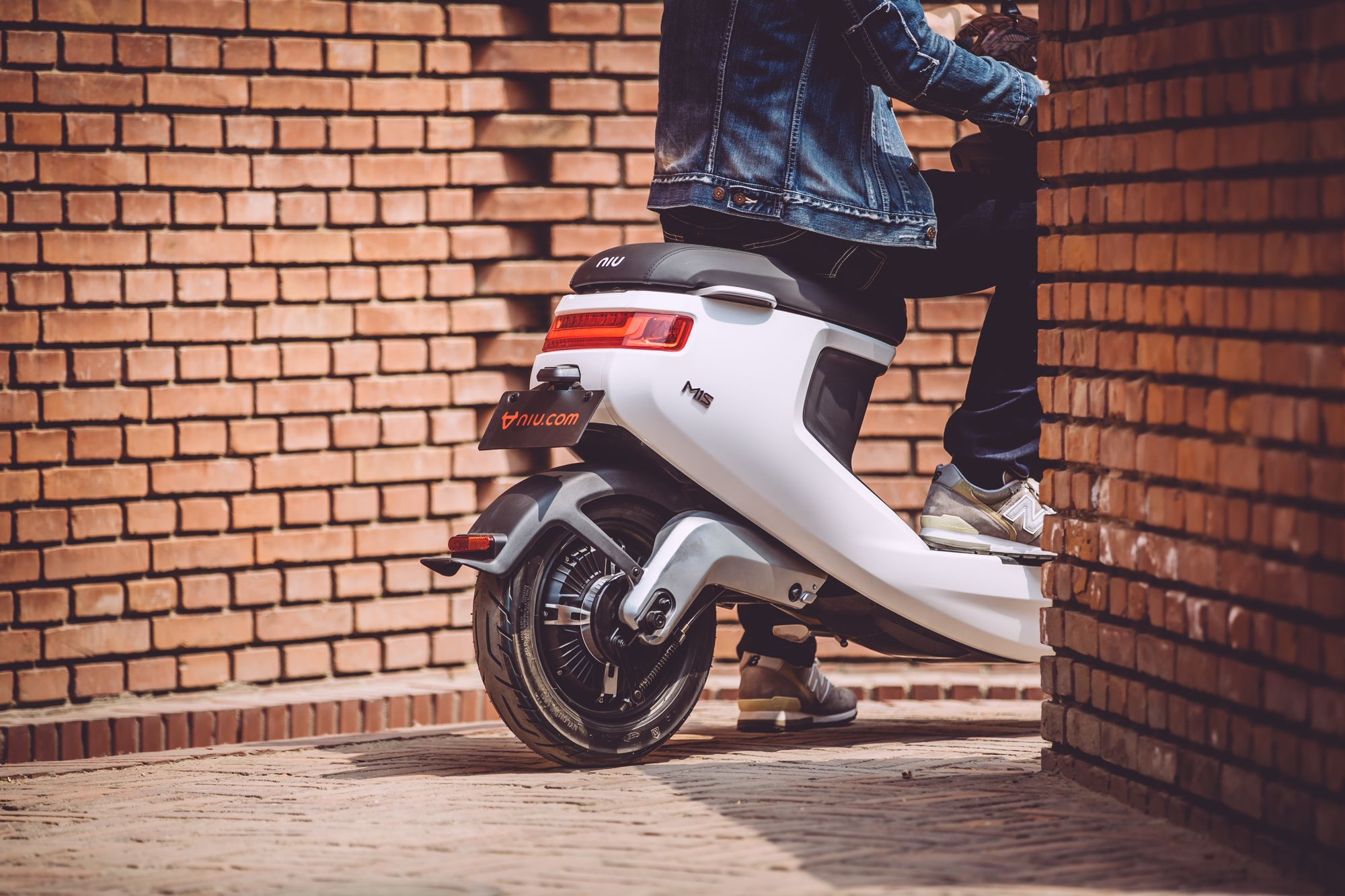 Niu M1 Electric Scooter on Behance | 2 wheeler | Electric scooter