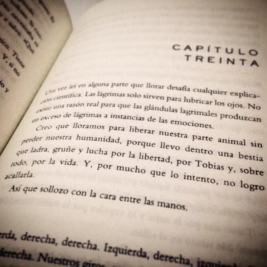 Carolina Muiño On Twitter Books Person Personalized Items