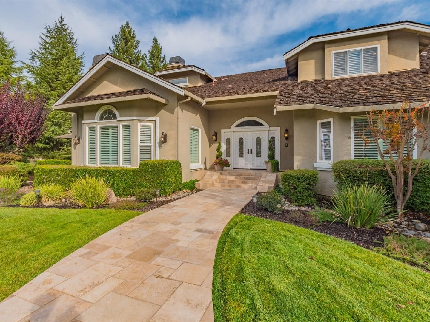 14265 Bowden CT, HILL, CA 95037 House styles