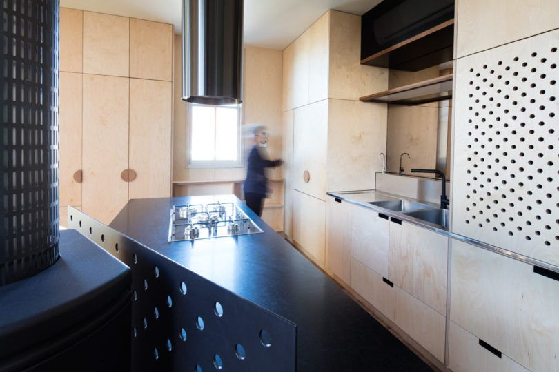 A Jaw-Dropping, Triangular-Shaped House in Melbourne - Design Milk