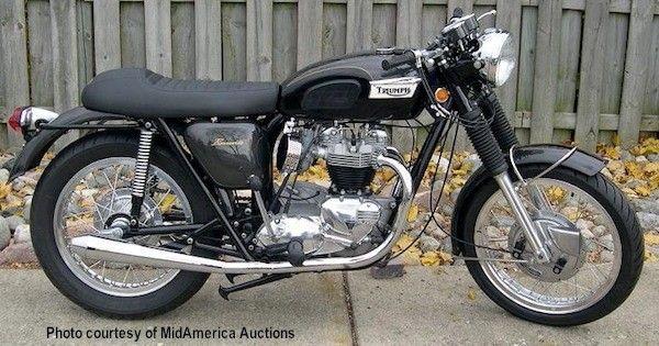 Triumph Bonneville t120 1971 (oil in frame) - beautiful bike