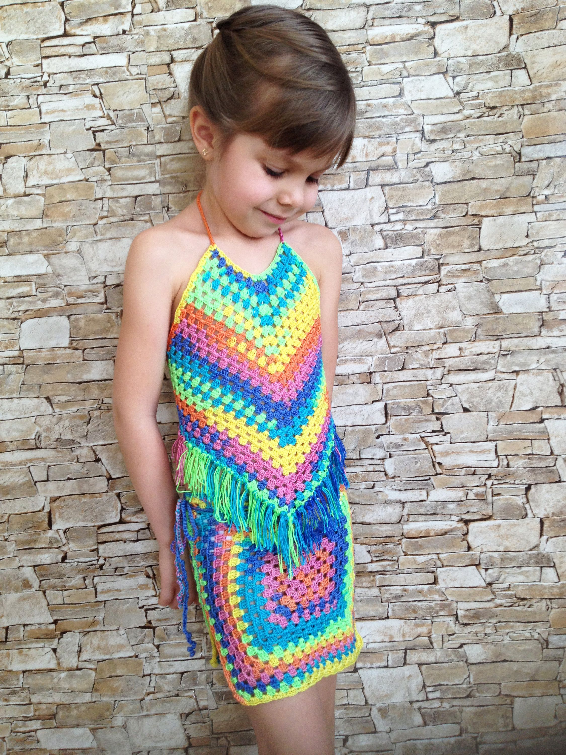 Crochet toddler set top and skirt Rainbow granny square wrap skirt Open back fringe top Beach clothing childrens Colorful crochet outfit #beachvacationclothes