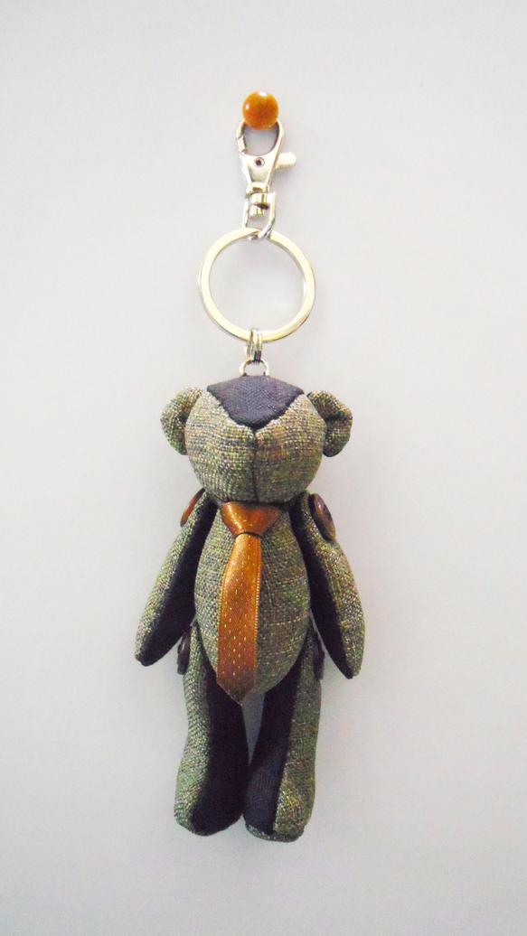 ネクタイをしめたオシャレなDaddy Bear。【サイズ】くまさん:約12cmキーリング:約8cm【使用素材】くまさん:ウール・麻ネクタイ:ナイロンボタン:ナ...|ハンドメイド、手作り、手仕事品の通販・販売・購入ならCreema。