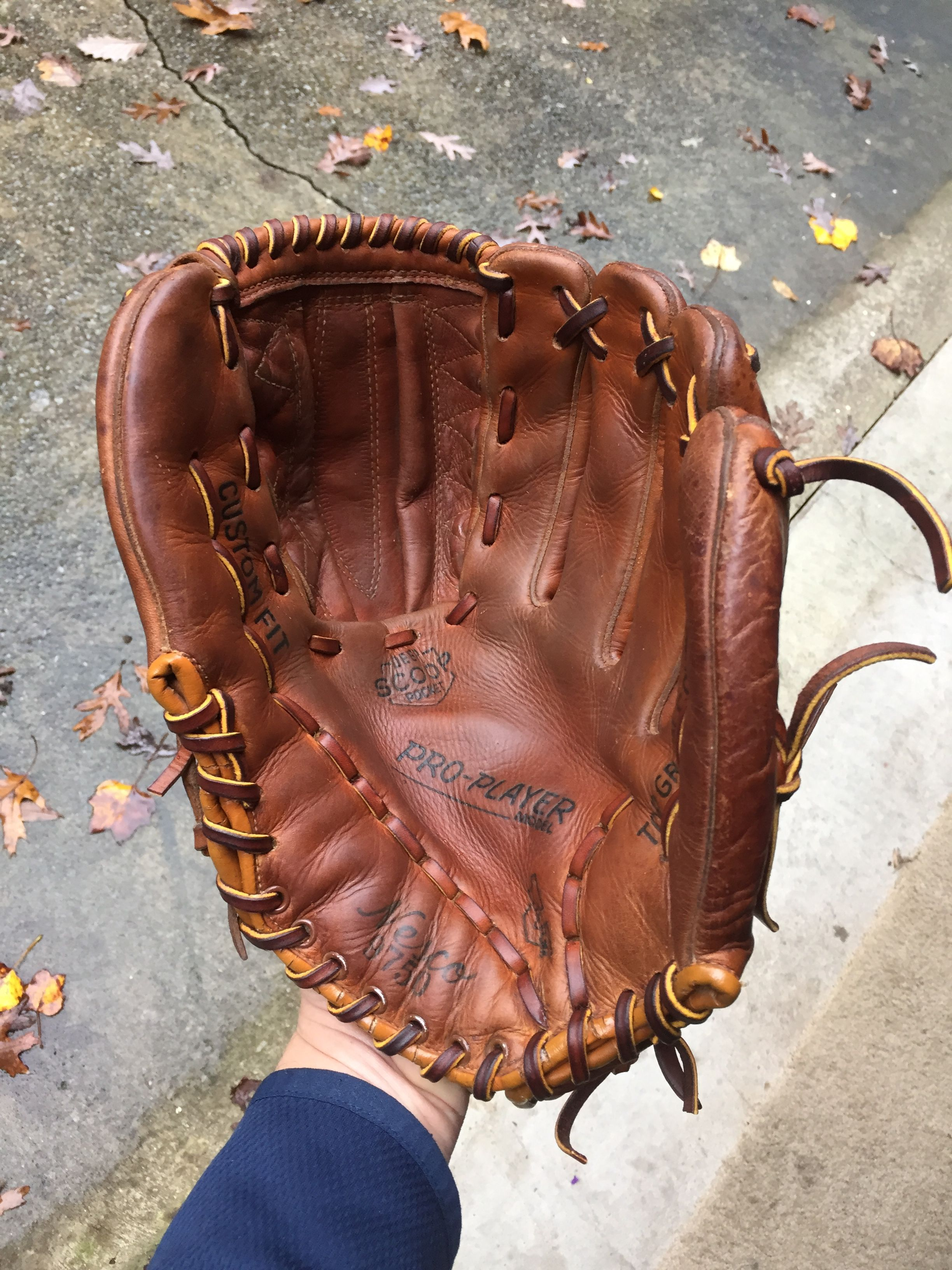 No Before Pics But I Found This Old Nesco Brand Glove At Goodwill It Was Flat Filthy And Completely Dried Out After Rela Baseball Glove Saddle Bags Bags