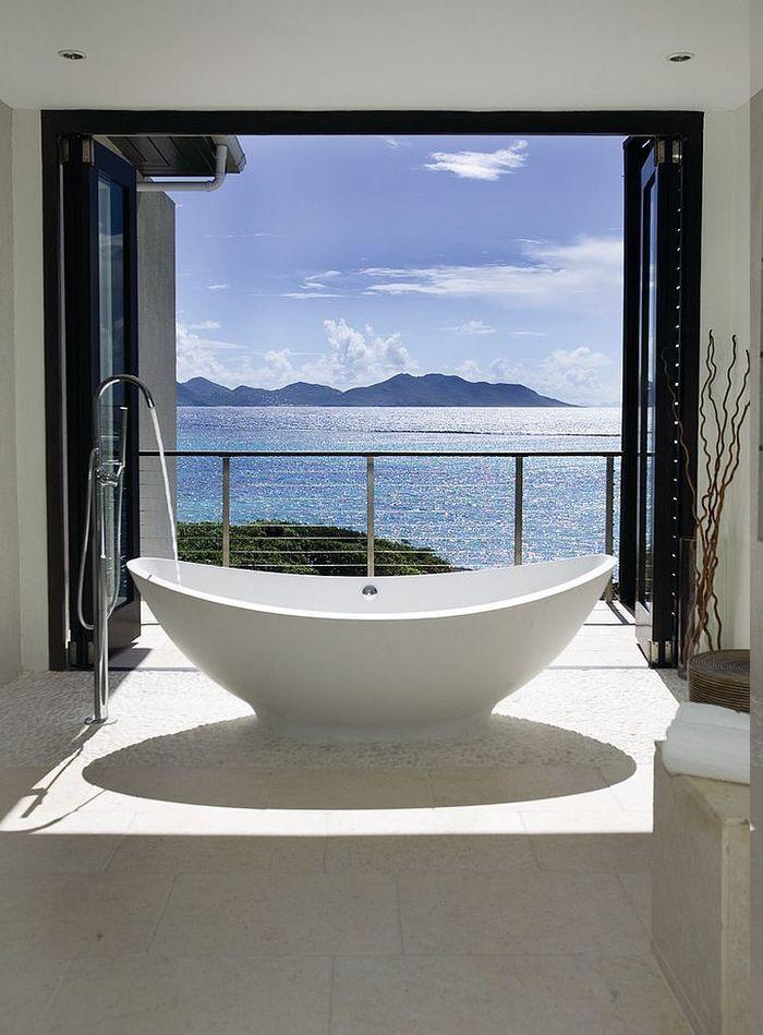 Meeres und Gebirgeaussicht vom eigenen Bad, freistehende Badewanne - glastür für badezimmer