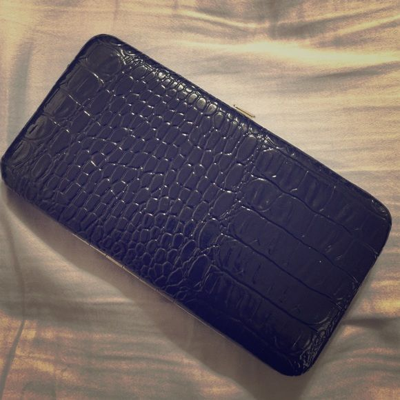 Slim wallet *Or free with any purchase $35 & up! Very cute clutch wallet and only used a couple of times and still like new! You can buy the Wallet alone or if you have a purchase or bundle $35 or higher I will add this for free!!  Bags Wallets