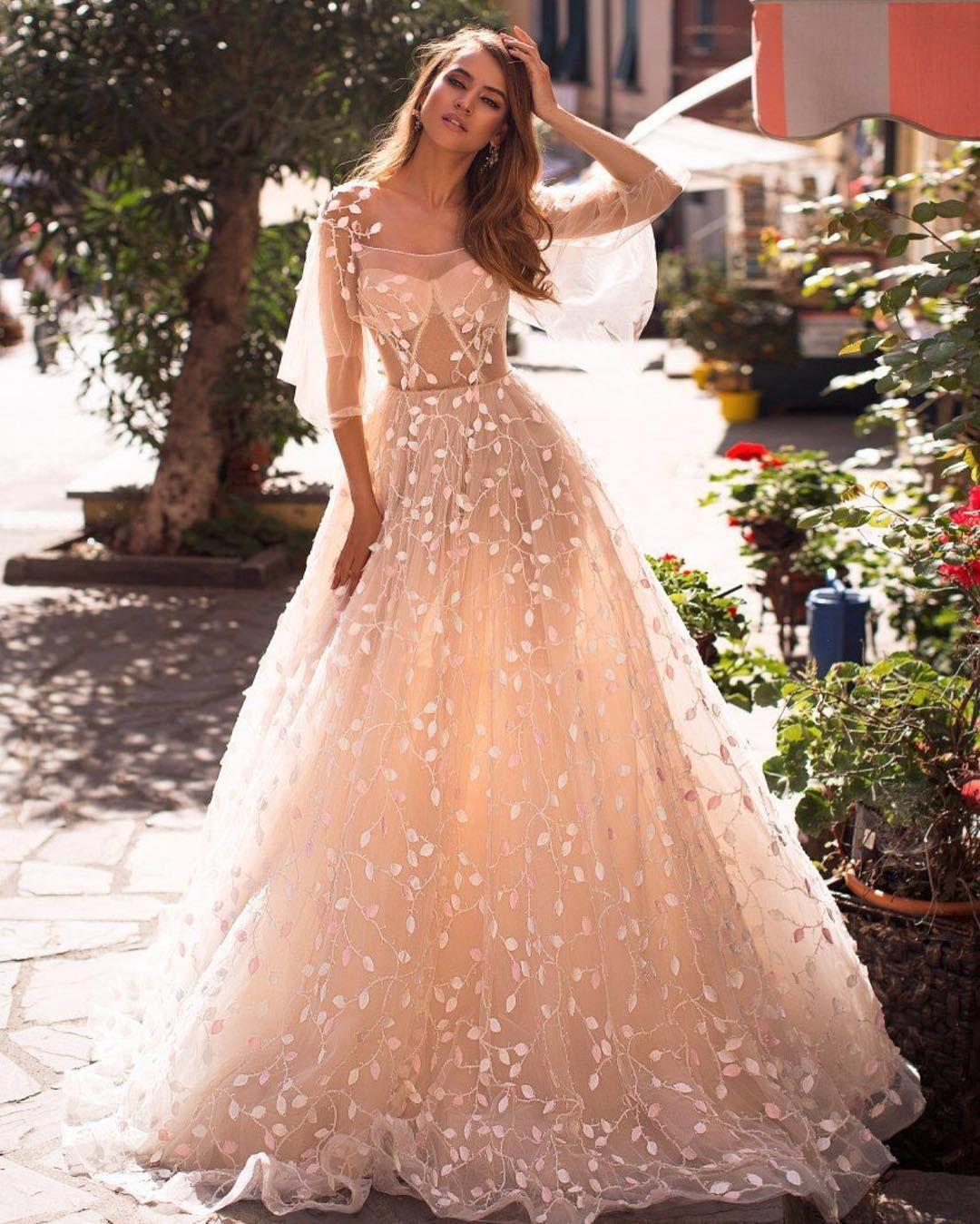 Unique Wedding Dresses With Color: 16 Unique Ideas About Nontraditional Wedding Dress