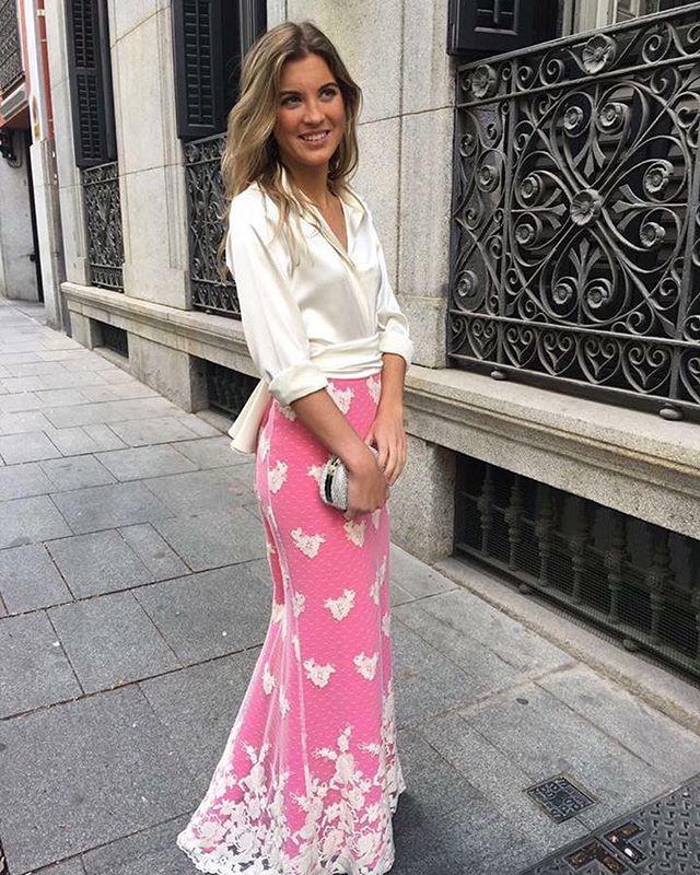 volvemos a tener nuestra falda de encaje! #boda #hermananovia