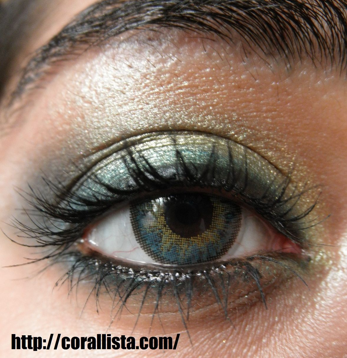 Makeup Look Peacocky Blue Green Eyes With Neutral Lips Mellow