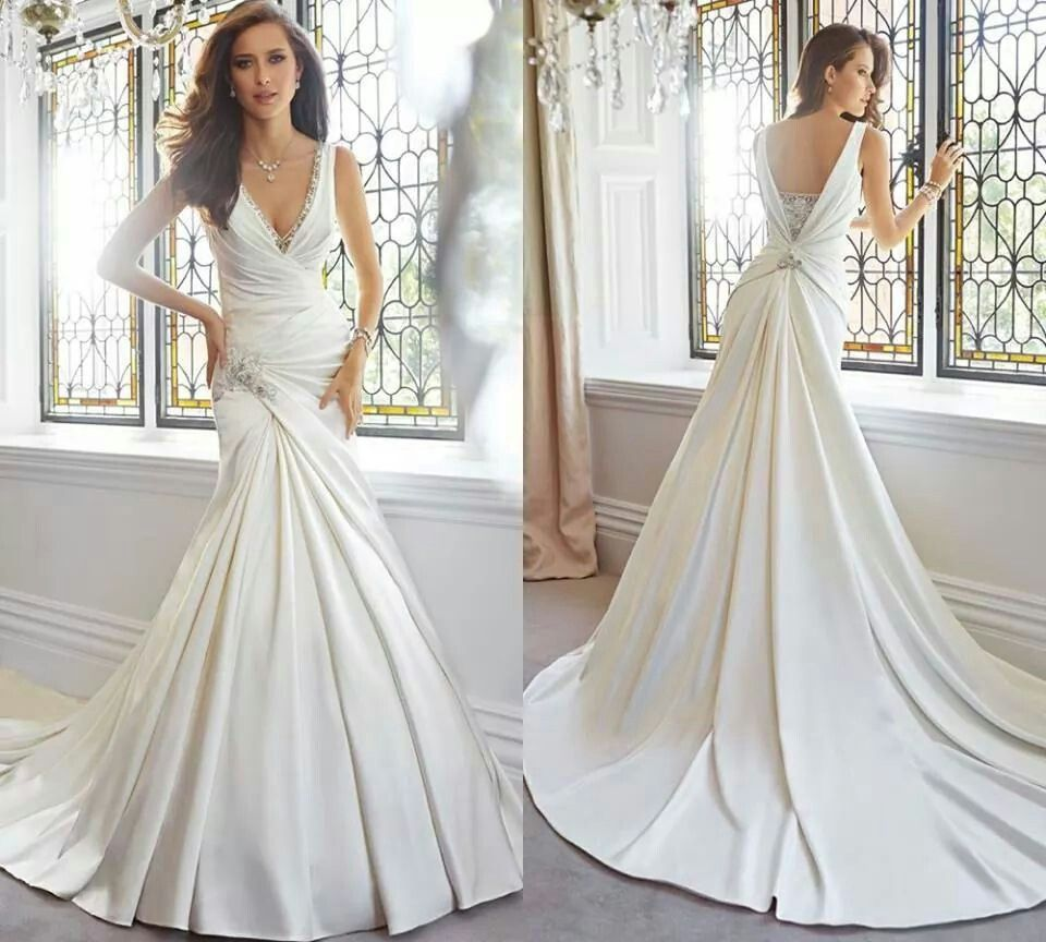 Nice wedding dresses  I love the flowy back so cute  Wedding Cuteness  Pinterest  Nice