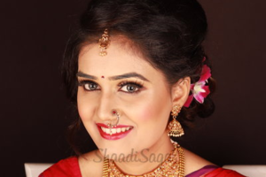 Neha Nikumbh Makeup Artist | Makeup Artists in Pune | ShaadiSaga