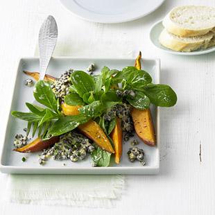 Beluga-Linsen mit Süßkartoffel und Feldsalat