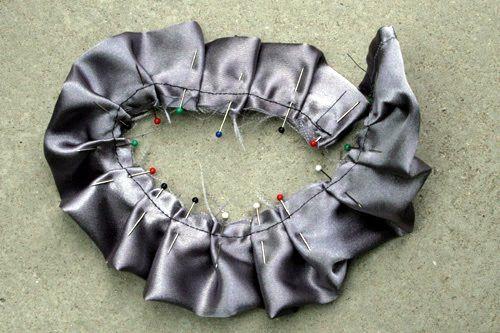 Bromeliad: DIY Wednesday: Make fabric roses - Fashion and home decor DIY and inspiration