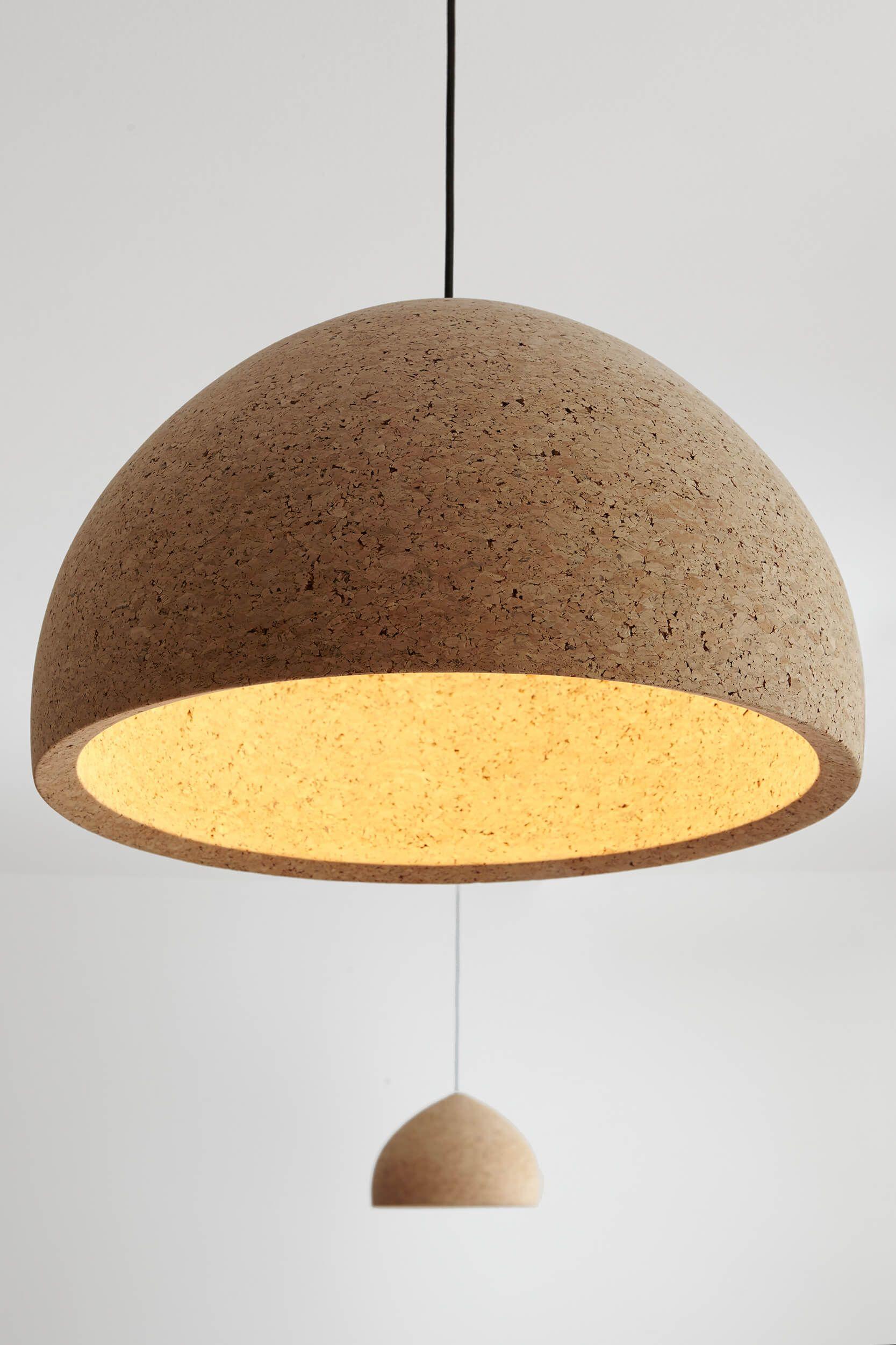 Original l mpara de corcho lamps we like for Lamparas para apartamentos pequenos