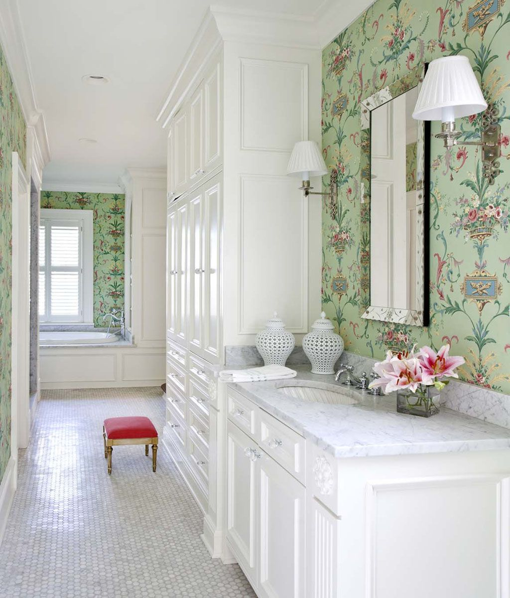 Classic white bathroom with mint green and pink wallpaper for Pink and green bathroom ideas