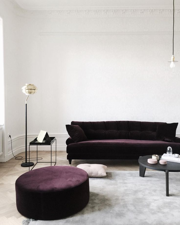 Minimalist Purple Velvet Sofa Velvet Sofa Living Room Purple Velvet Sofa Velvet Furniture #purple #couch #living #room #ideas