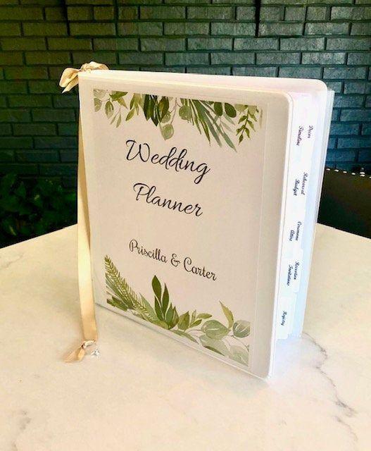 Custom Wedding Planner DELUXE Binder DIY Wedding Book | Etsy in 2020 | Wedding planner binder ...