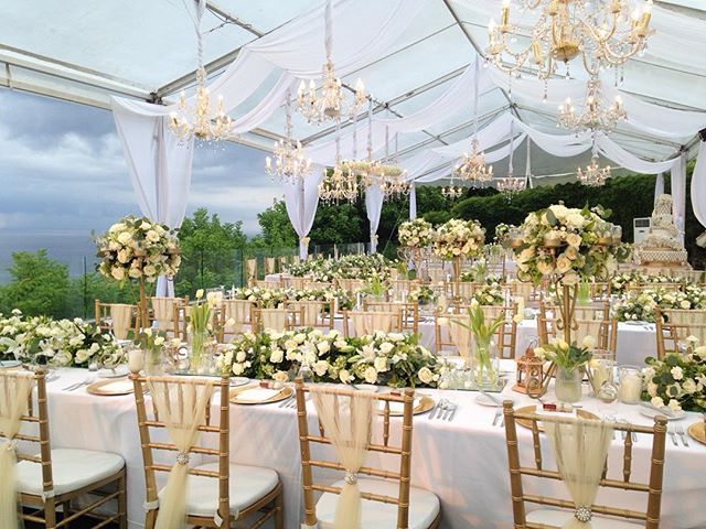 Elegant outdoor wedding decoration ideas httpbridestory elegant outdoor wedding decoration ideas httpbridestory junglespirit Gallery