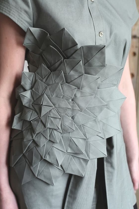 A BEAUTIFUL BOARD OF PINTEREST: TEXTILES, TEXTURES AND FABRIC MANIPULATION