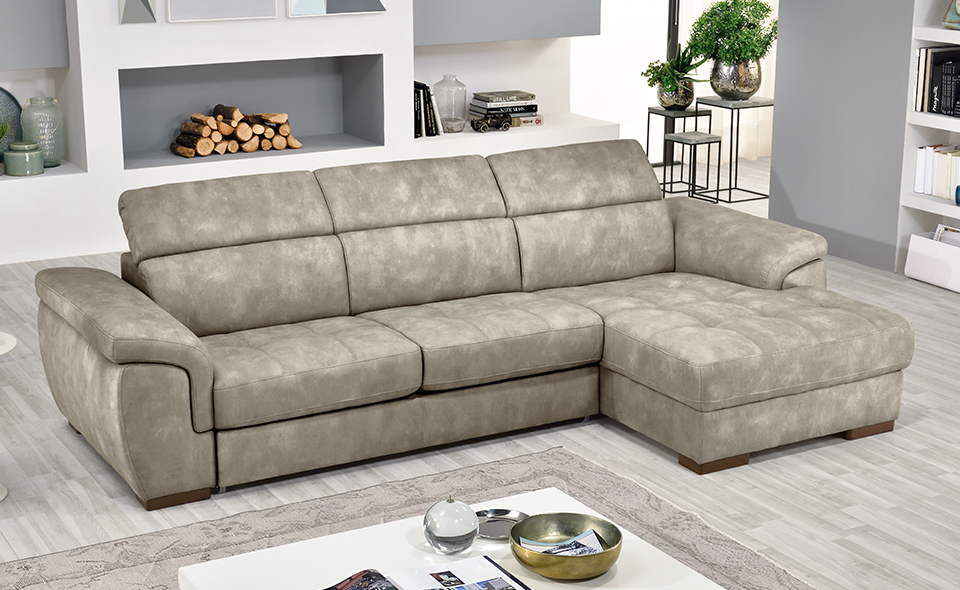 Il divano letto angolare Raphael in similpelle effetto