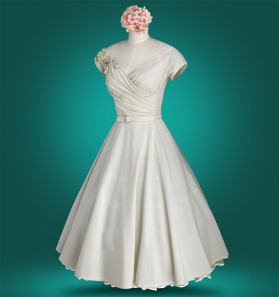 wonderful shoulder accent. antique white | Beautiful Dresses ...