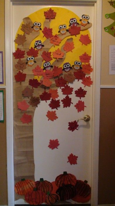 53 Classroom Door Decoration Projects For Teachers Fall