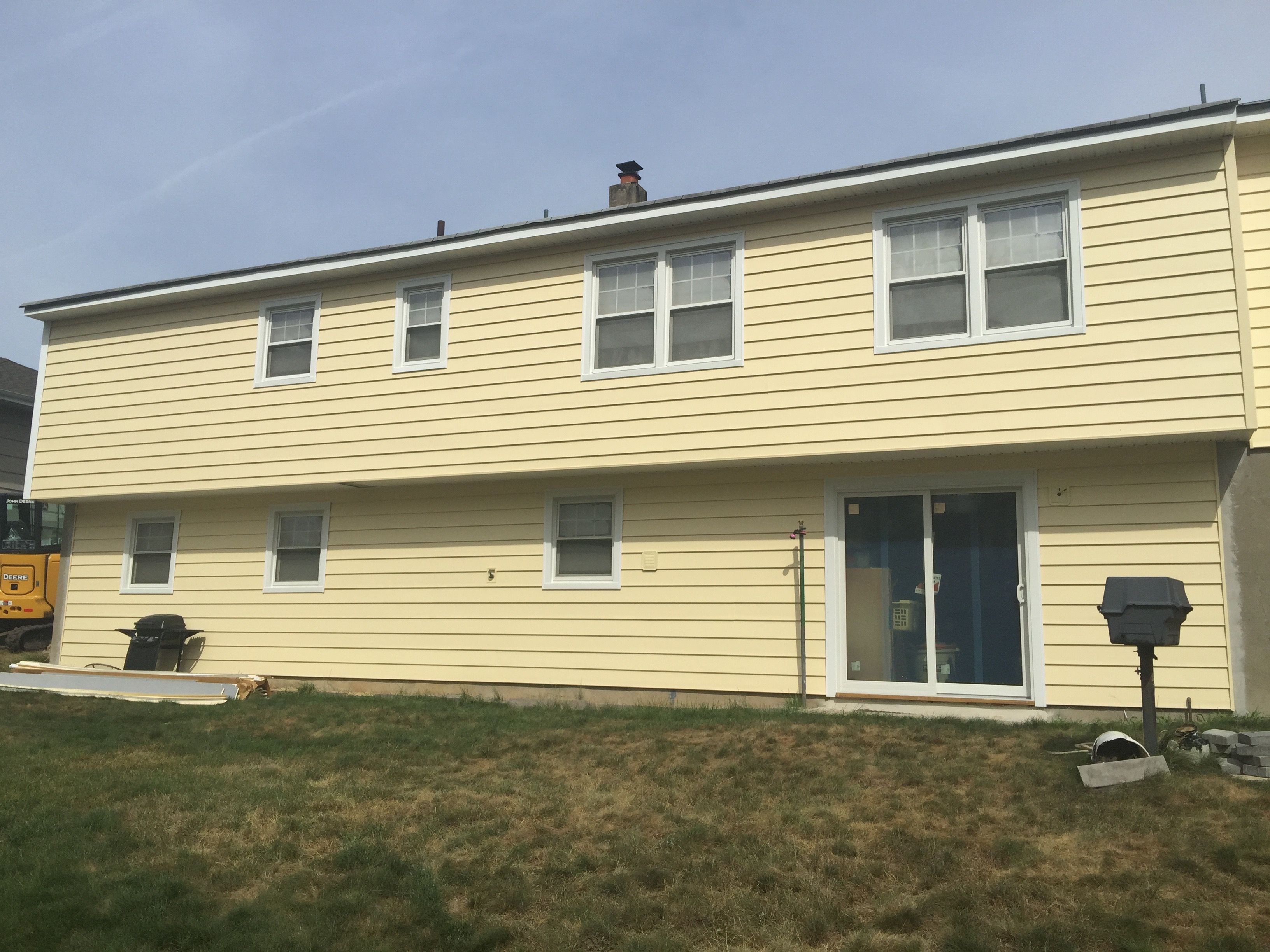 Why Old Tappan Nj Houses Prefer Affordable Vinyl Siding 973 487 3704 Exterior House Siding Exterior Siding Colors Vinyl Siding