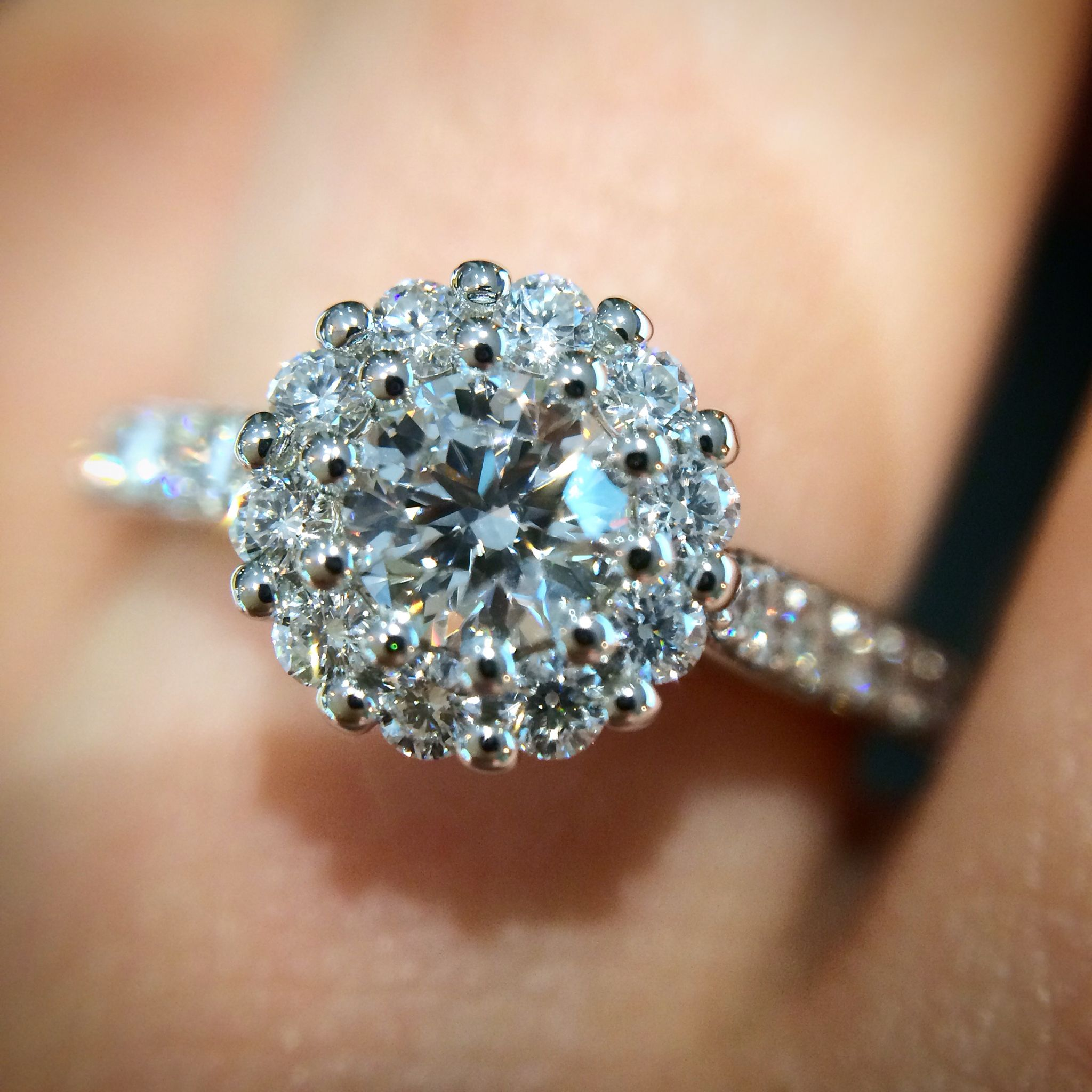 amazing diamond unique on engagement carat of ring rings finger